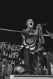 Chris - Motionless in White